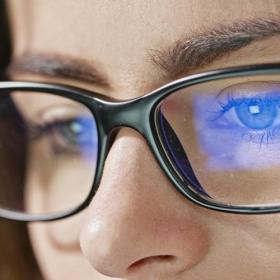 7 conseils pour protéger ses yeux quand on passe des heures devant un écran