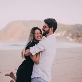 7 choses qui ont l'air romantiques mais qui devraient en réalité vous alerter