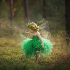 Cette maman crée des costumes magnifiques pour ses enfants et les photographie pour des clichés féeriques