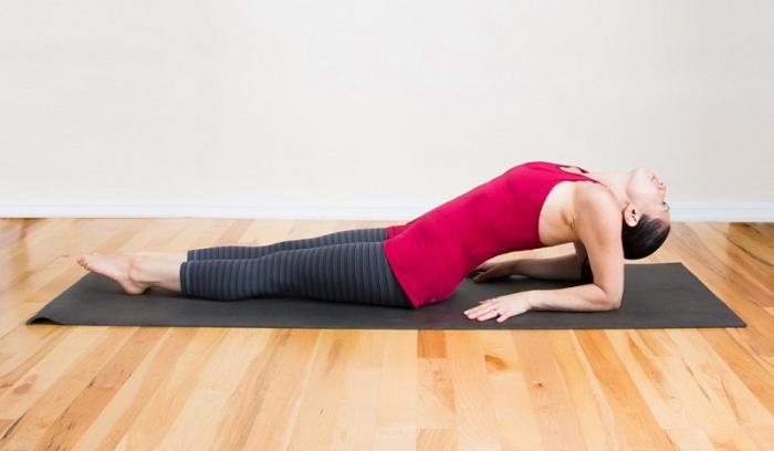9 étirements relaxants que vous pouvez faire au lit