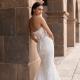 Pronovias sort des robes de mariées Heroes Collect...