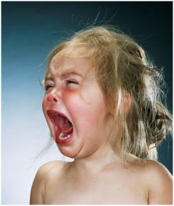 Petite fille asiatique pleure vs bbc