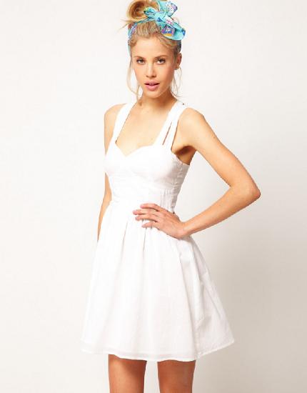 robe blanche Asos Un look Diane Kruger et Joshua Jackson sans se ruiner