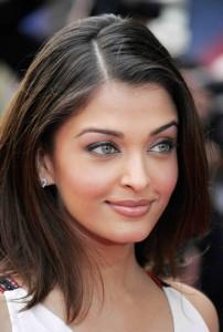 plus belle femme du monde 202x300 La beauté ethnique, ou comment être belle en restant soi même…