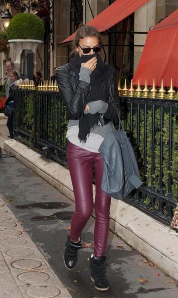 Irina+Shayk+Irina+Shayk+Paris+imF3Y2bE2Chl Un look Irina Shayk sans se ruiner !