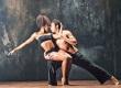 ballet-danse-latino-couple-qui-danse-danseur