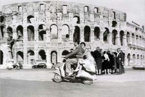 couple-scooter-rome