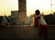 jeune-femme-pensive-ville-New-York