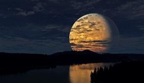 night-moon-river-scenery