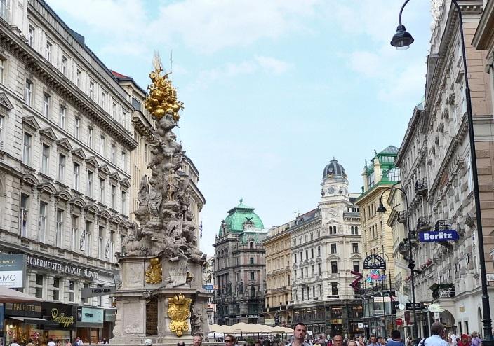 Booking now le big test en direct de vienne so busy girls - Office de tourisme de vienne autriche ...