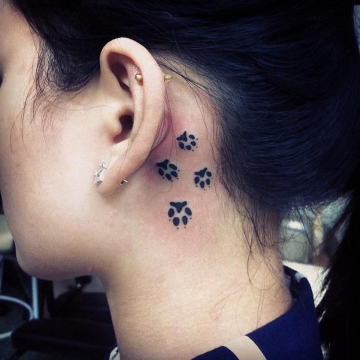 26 idées de tatouages derrière l'oreille | so busy girls