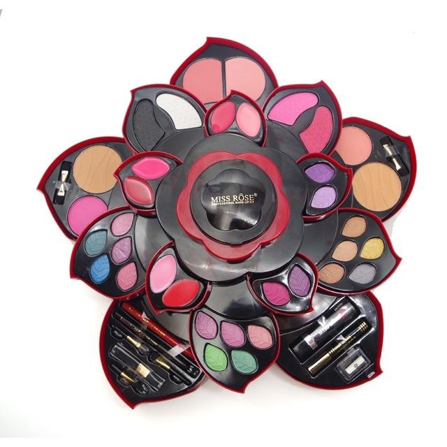 coffret-maquillage-forme-de-fleur