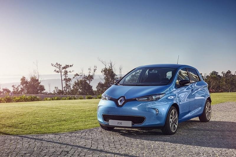 New_Renault_Zoe_ZirconBlue_YB_4