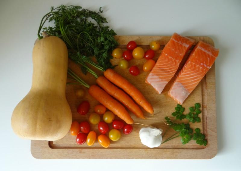 recette-saumon-papillote-tagliatelles-butternut-carottes