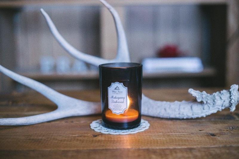allumer-des-bougies-parfumees