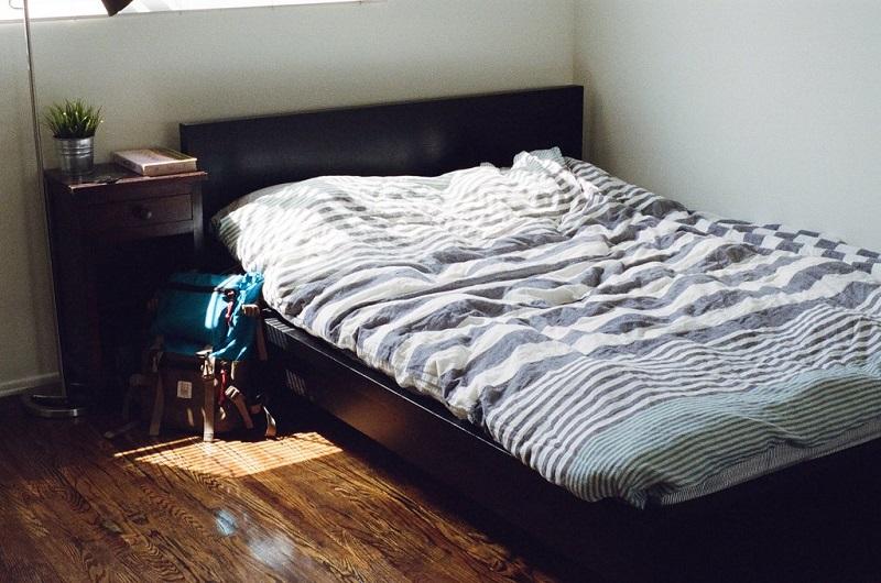 lit-chambre-grasse-matinee-weekend