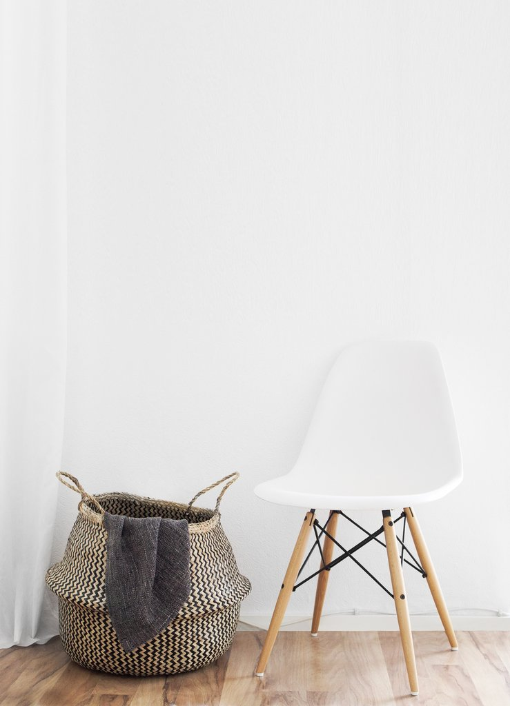 salon-chaise-blanche