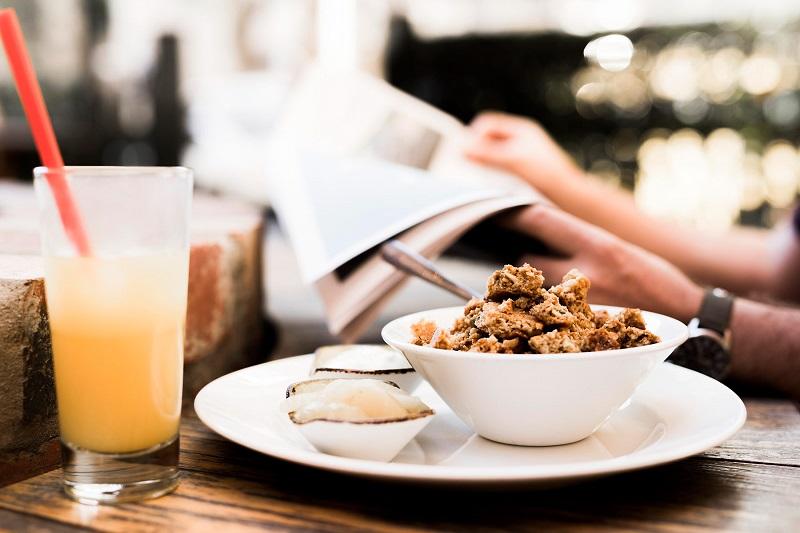 petit-dejeuner-au-travail