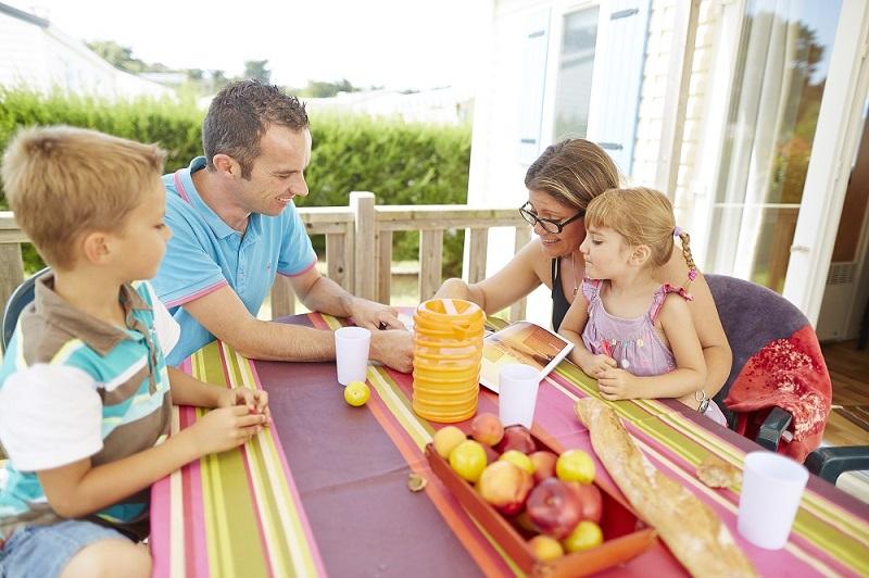 activité-touristique-camping-locean-famille-cybele-vacances-vendée