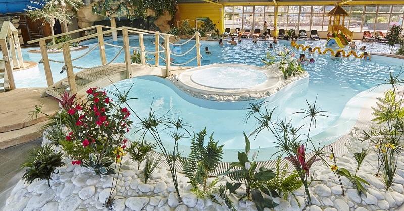 parc-aquatique-toboggan-jacuzzi-camping-bel-air-5-etoiles-chateau-d-olonne-vendee