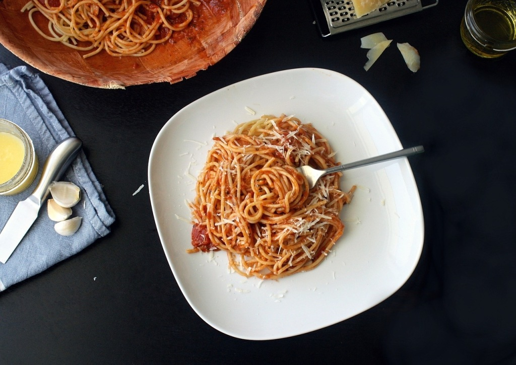 bon-repas-spaguettis-bolognaises