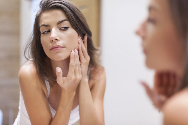 comment-soigner-l-acne-methode-naturelle