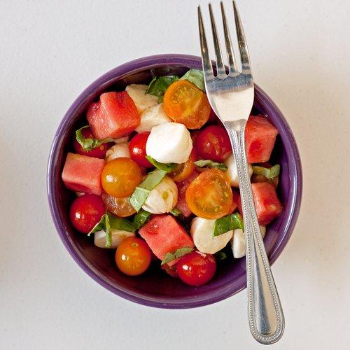 salade-pasteque-tomate-cerise-mozzarella
