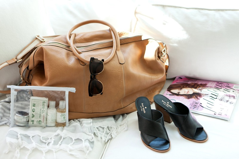 sac-voyage-femme-chaussures