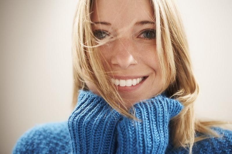 comment-avoir-plus-d-energie-femme-qui-sourit