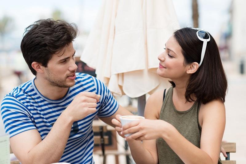comment-parler-plus-s-exprimer-couple-qui-discute