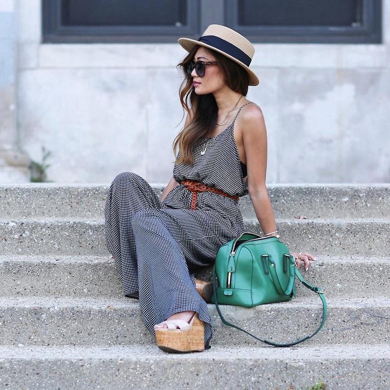 comment-porter-la-ceinture-fine-femme-combinaison-chapeau-canotier