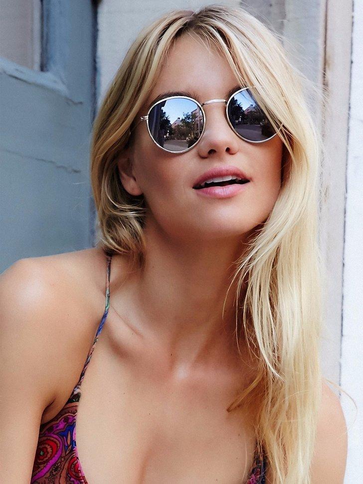 lunettes-de-soleil-femme-blonde