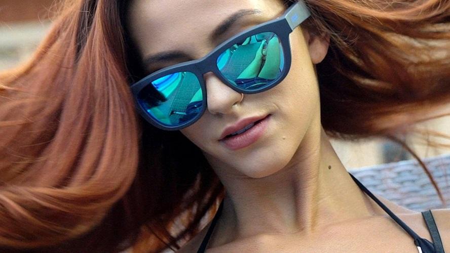 lunettes-de-soleil-femme-cheveux-longs