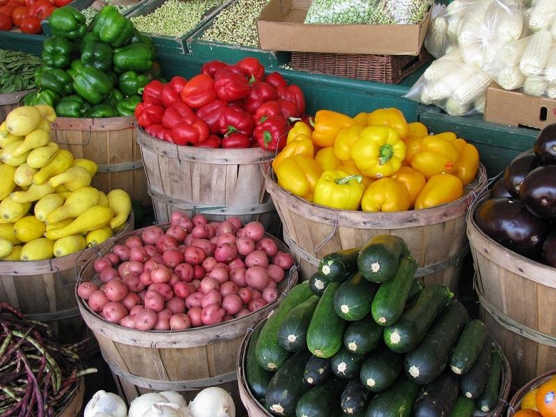 marche-legumes-sorties-pas-cheres