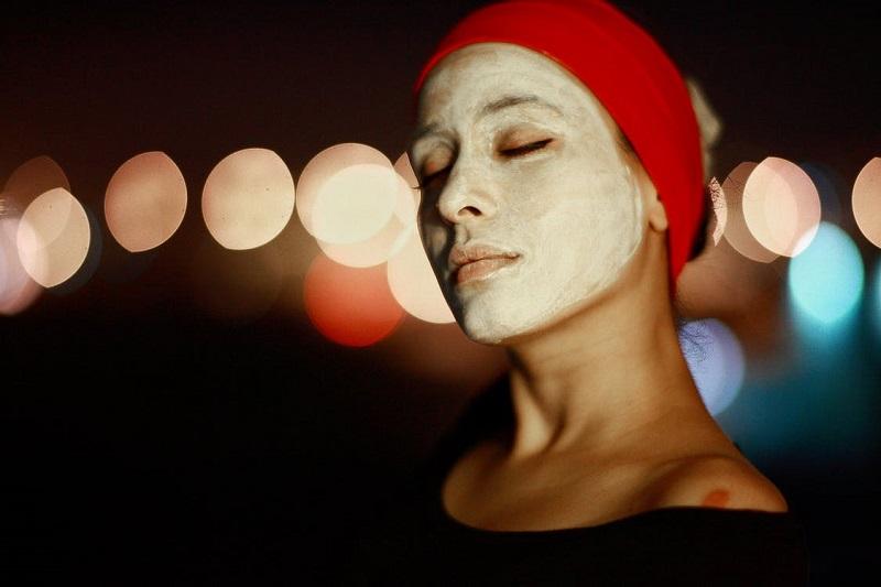 dans-quel-ordre-appliquer-ses-produits-de-soin-visage-masque
