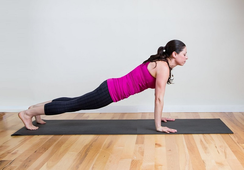 posture-of-the-plank-yoga-to-improve-the-life-sexual-1