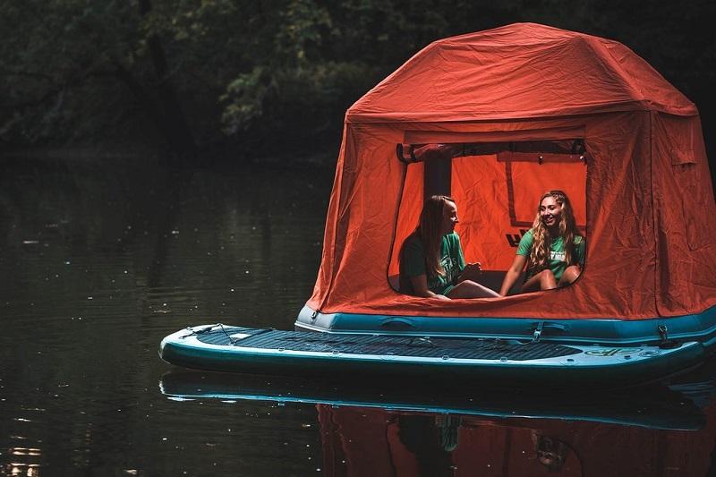 tente-flottante-dormir-sur-l-eau-2