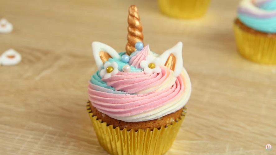 cupcakes-licorne-tutoriel-video-recette