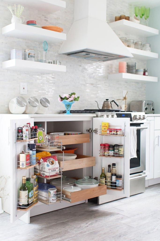 idees-organisation-cuisine-pratique-tiroirs-portes