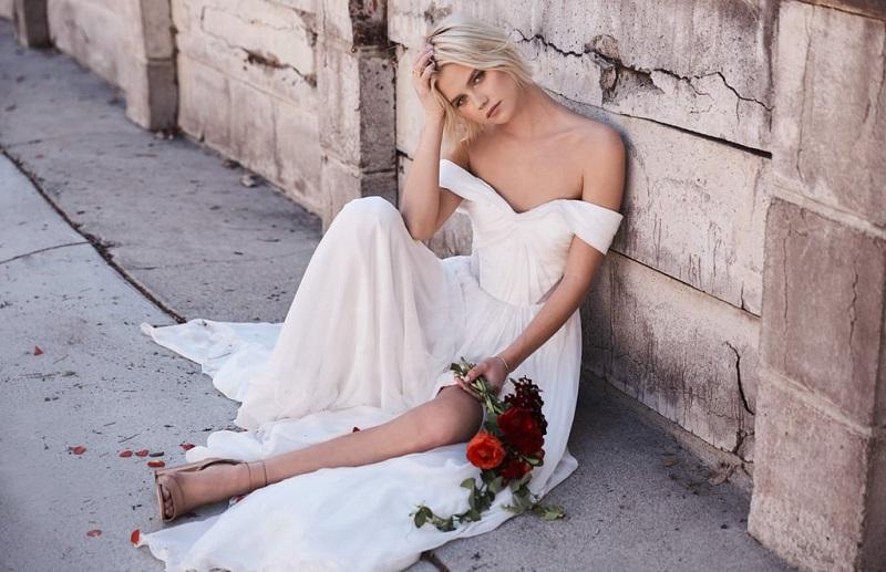 robe-de-mariee-blanche-courte-legere