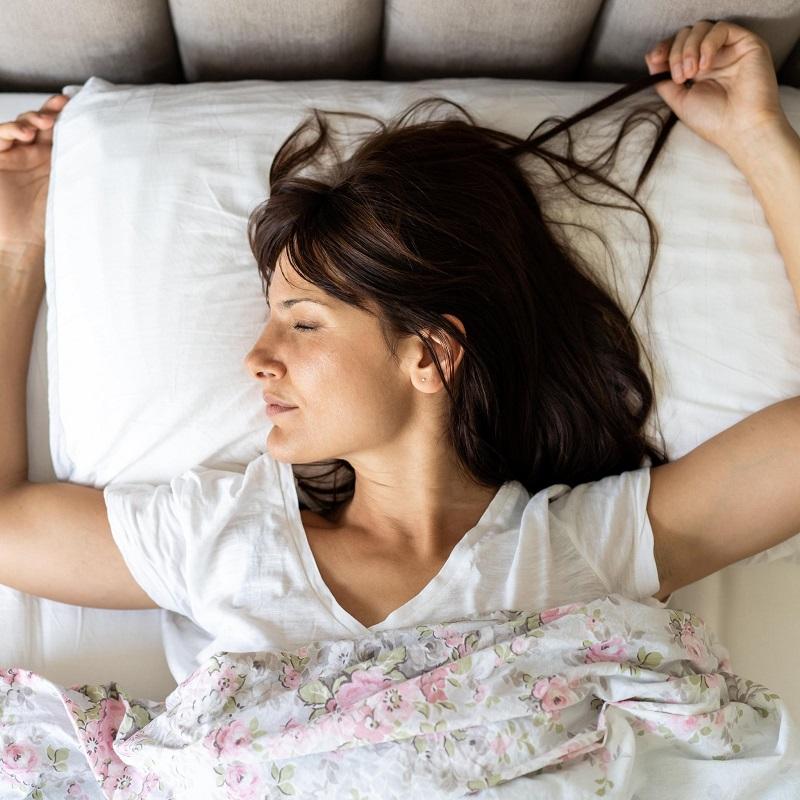 dormir-matelas-femme