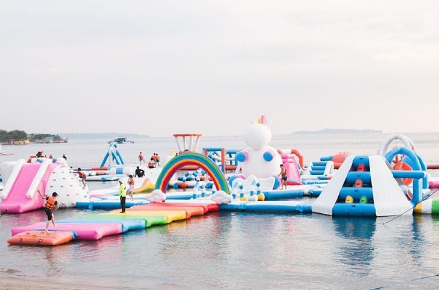 inflatable-island-ile-gonflable-licorne-7