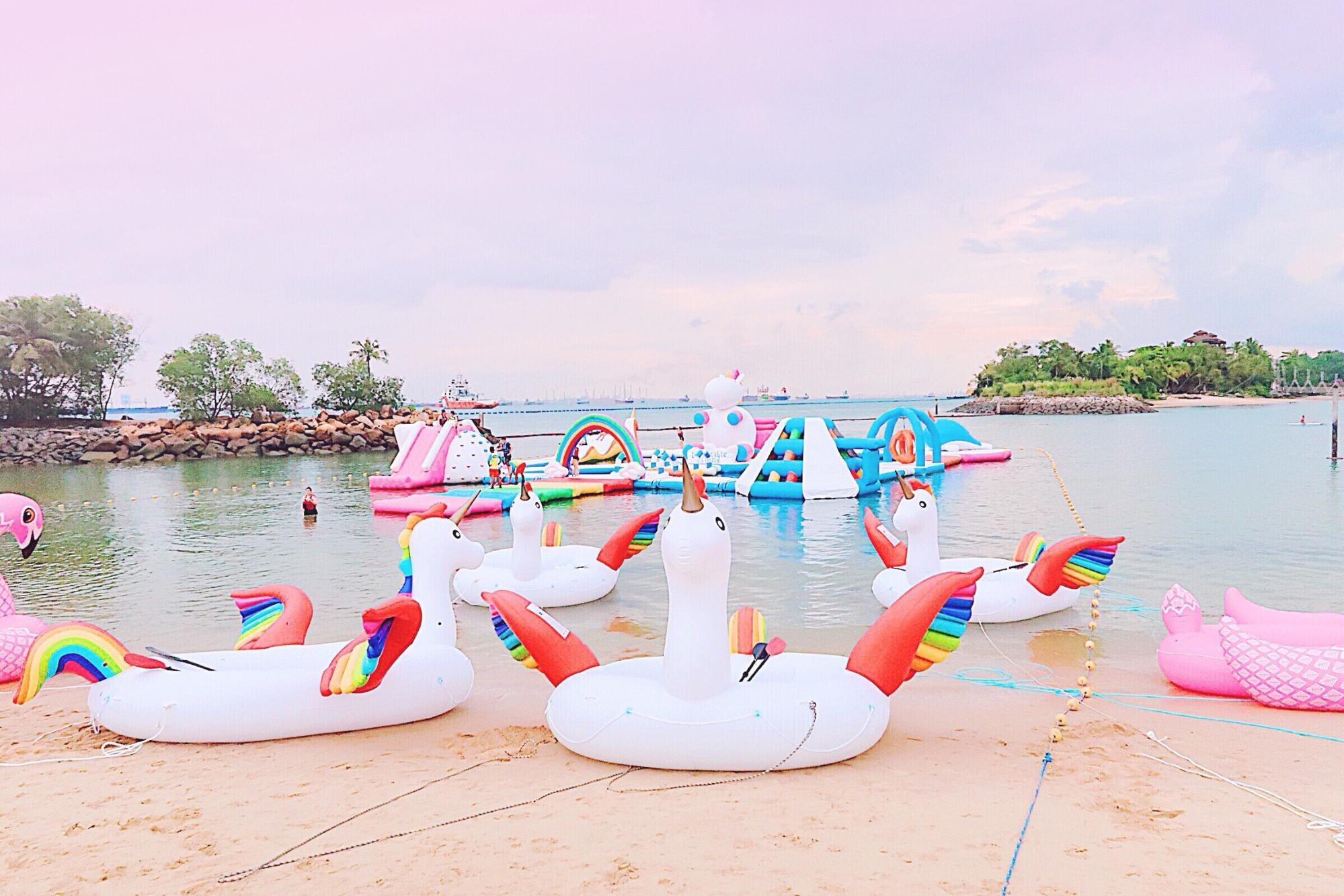 inflatable-island-ile-gonflable-licorne-8