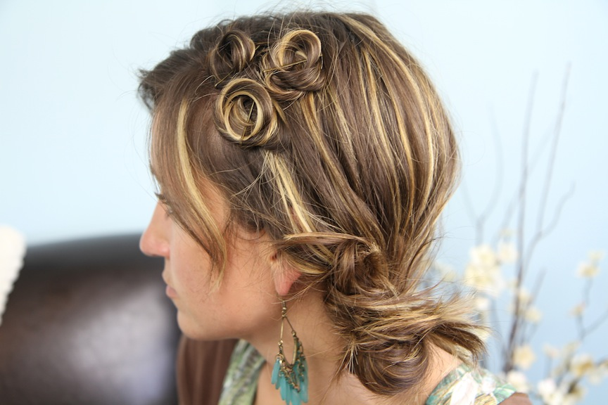 coiffure-barrette-enroulees