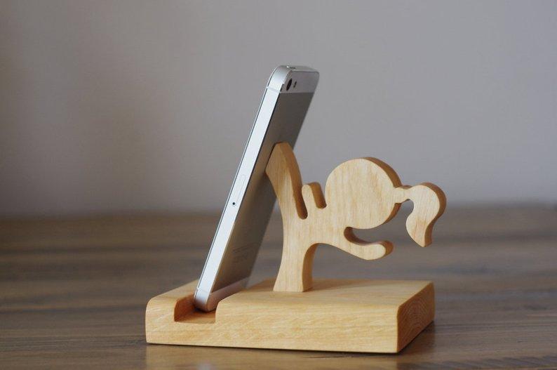 repose-smartphone-girl-powr