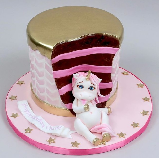 fat-unicorn-cake-7