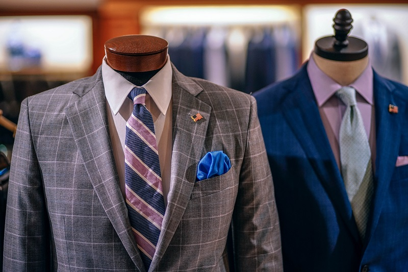 blur-boutique-close-up-404171