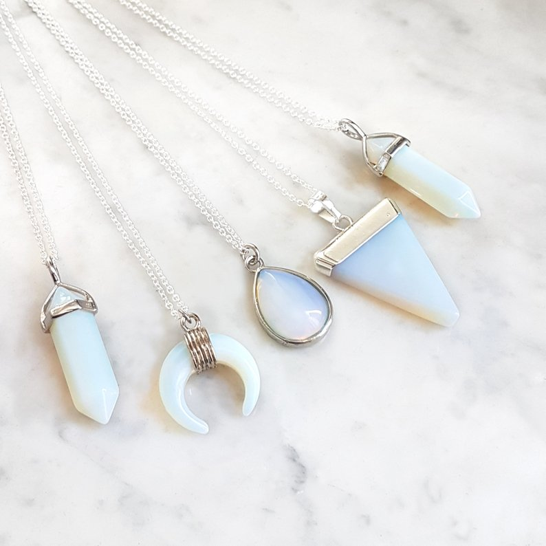 collier-opal