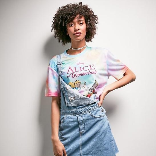 t-shirt-alice-au-pays-des-merveilles