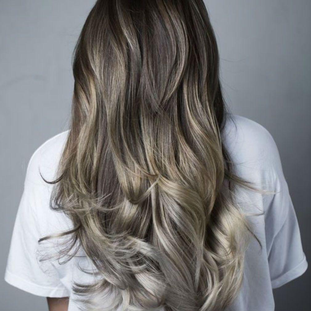 Mushroom-blonde-sur-cheveux-longs